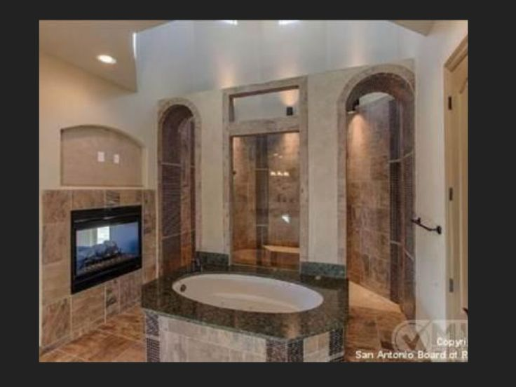 This Walk In Shower Is Amazing No Doors To Clean