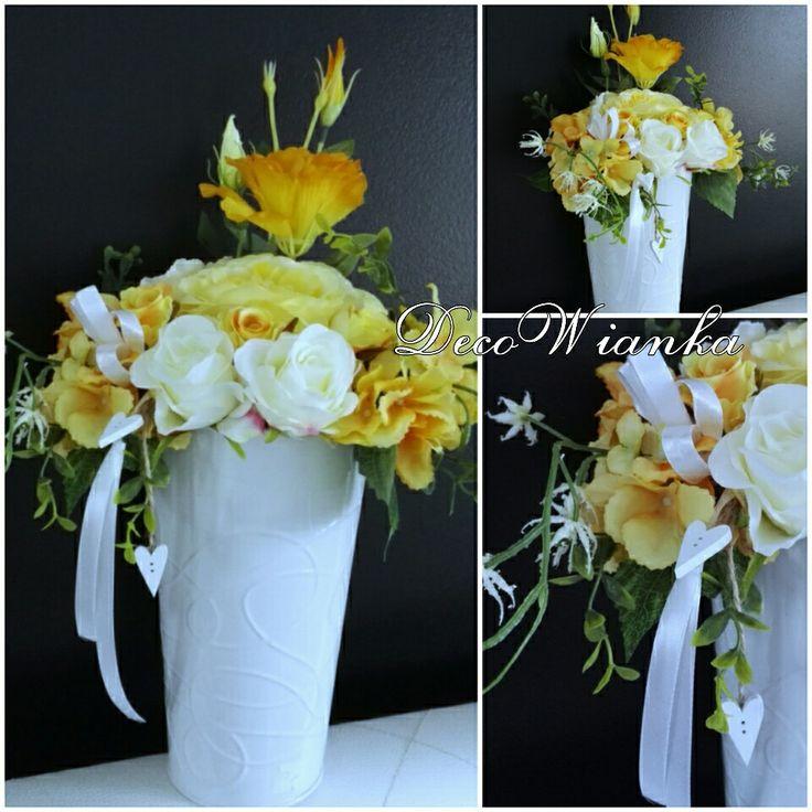 Kompozycja kwiatowa,kompozycja wiosenna,dekoracja,stroik,sztuczne kwiaty