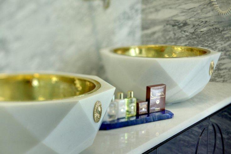Lapis Room bath #istanbul #istanbulhotels #sultanahmet #luxuryroom #lapisroom #designhotel