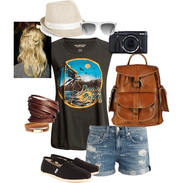 Summer music festival outfit for Bluesfest.  Ditch the bag and avoid the long line-up to get in.