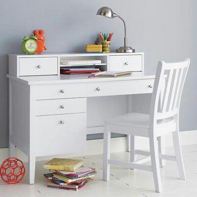 Meja belajar anak minimalis modern