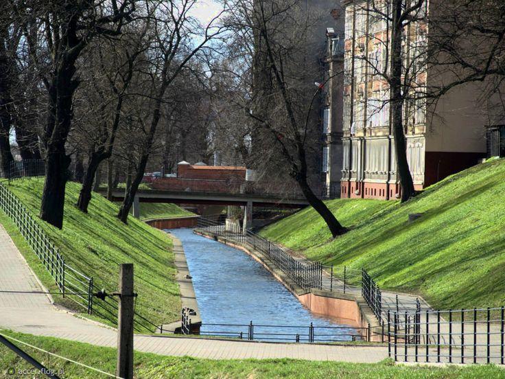 8664575_kanal-raduni--gdansk--wenecja-wschodu.jpg (933×700)