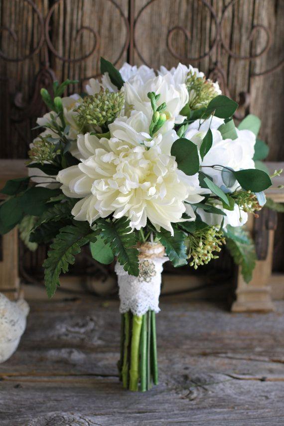 Creme Dahlia Hortensie & Eukalyptus Grün von FloralDesignsbyTrish