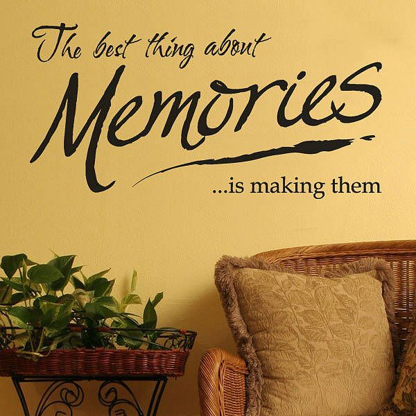 'Making Memories' Wall Lettering Quote