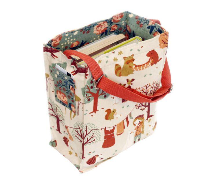 little reader - free tote bag pattern + sewing tutorial | Schnittmuster & Anlleitung für eine Umhängetasche