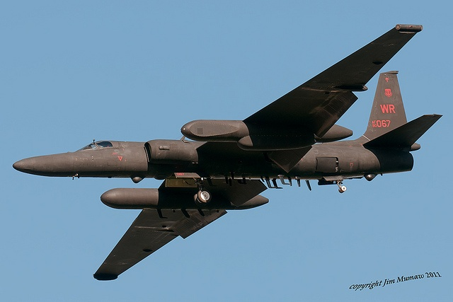 U-2, Spy Plane I saw one of these up close when I was a Flight Surgeon in Thailand during the Vietnam War