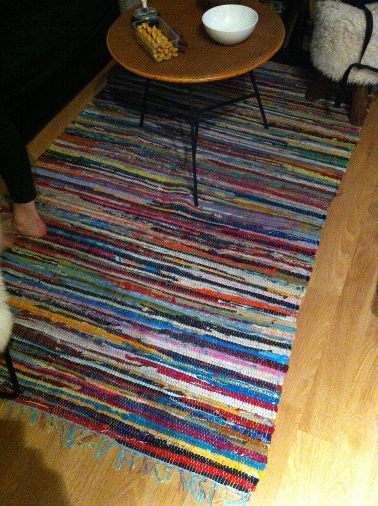 """Tapis en textile recyclé dit """"Lirette"""", couleurs vives- grand (pour salon)"""