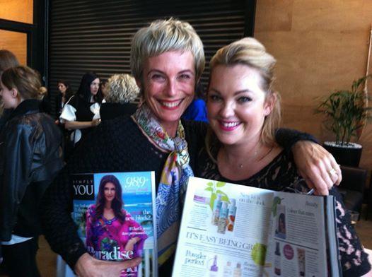 Kati and Simply You beauty editor Sarah Simpson enjoying the new look magazine featuring #evoluskincare