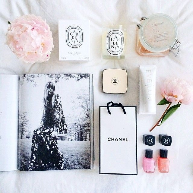 Pink and white #flatlay