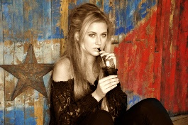 Be a model for a day  in samenwerking met Lavogue Coiffures Visagie Stephanie Wendelgelst