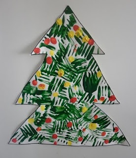 House of Baby Piranha: Christmas Crafts: Fork Printing Christmas Tree