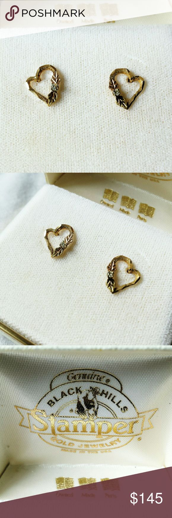 Vintage Black Hills Gold Stamper Heart Earrings Two tone vintage black hills gold stamper earrings. New in original box! Willing to accept reasonable offers! Black Hills Gold Jewelry Earrings