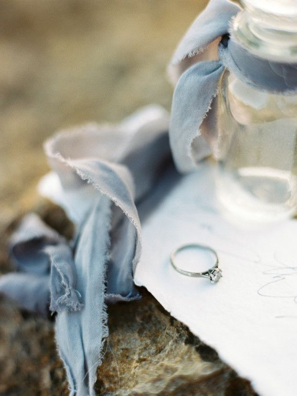 Ethereal Wedding Inspiration in a Mediterranean Cove | Wedding Sparrow | l'Artisan Photographe