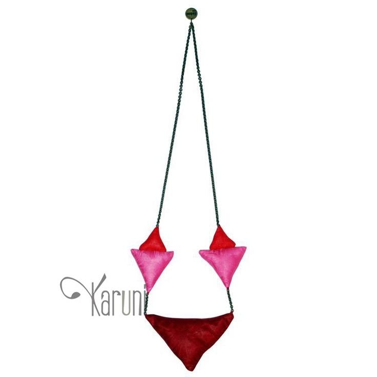 Toubab Paris Collier sautoir en tissu Petit pointu rose/rouge