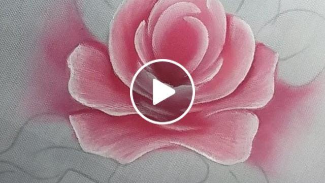 Nesse vídeo eu estarei ensinando a pintar folhas, rosas e hortênsias.  Espero que gostem. Quem gostar da um like/curtir que ajuda bastante no crescimento do canal. Bjs :D