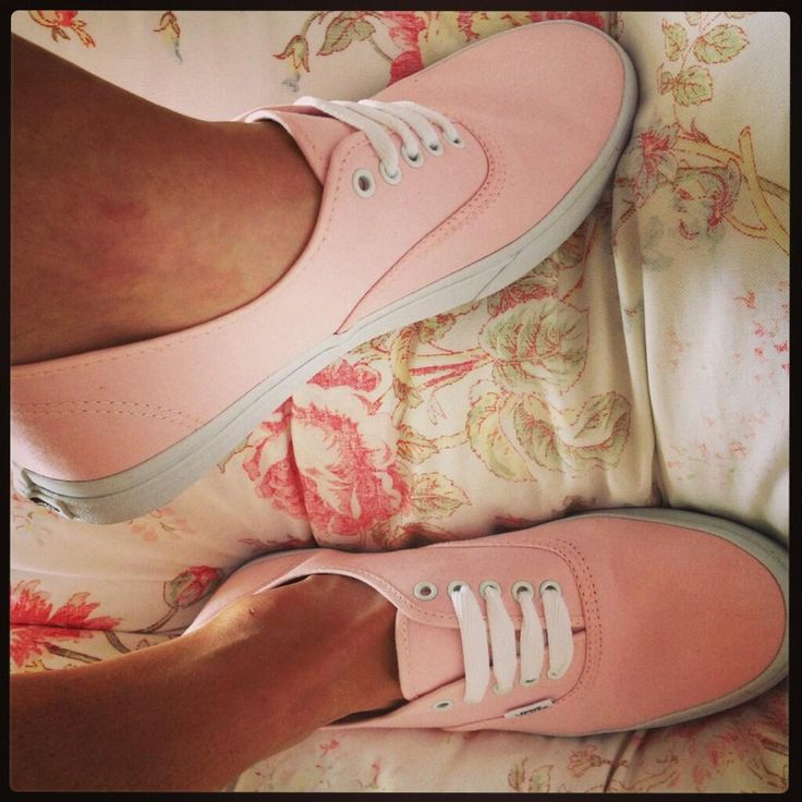 Twitter / Alice_Katee: Love my very first pair of #Vans Cant wait for summer now! #pastel #pink Thank you @Jess Pearl Pearl Liu Sutton Schuh for fast delivery