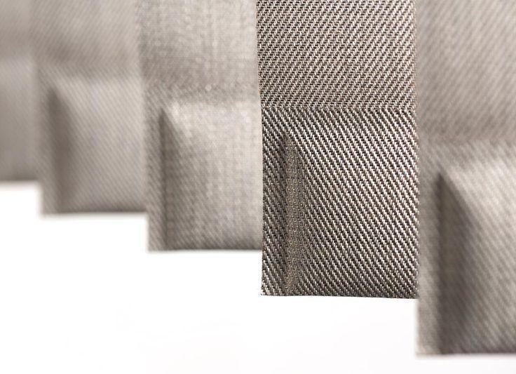 detail verticale jaloezieën beige bruin/ détail bandes verticales beige brun / vertical blinds detail