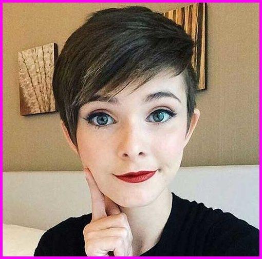 Sehr kurze Haarschnitte für hübsche Damen – Frisuren Trends 2018   #kurzhaarfrisuren2019 #frisuren #trendfrisuren #neuefrisuren #haarschnitte #kurzhaarfrisuren #frauen #winterfrisuren