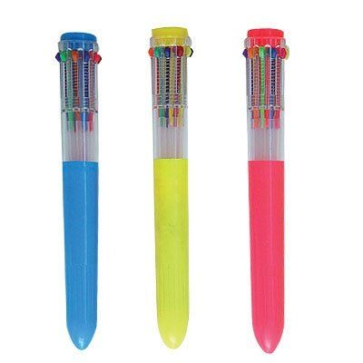Lápiceros de color múltiple, todavía conservo alguno porque le sirve una o dos tintas...