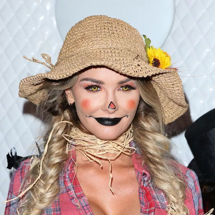 25 Quick and Easy Halloween Makeup Looks to Recreate