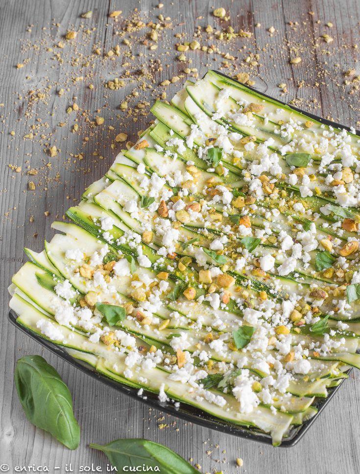 Carpaccio di zucchine ai pistacchi