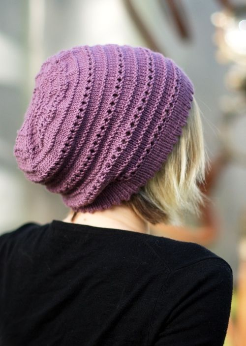Woolly Wormhead - Tebe Slouch - slouchy Hat knitting pattern