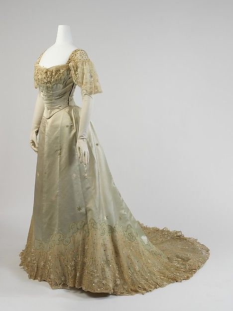 Evening dress Design House: House of Worth (French, 1858–1956) Date: 1898–1900 Culture: French Medium: silk, cotton, metal