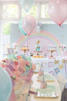 Se antes as festas infantis eram mais focadas em princesas e super-heróis, hoje com a maior quantidade de conteúdo para os pequenos, os tipos de temas para eles também aumentaram. E uma das temáticas