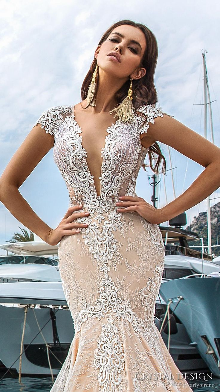 2017 New Sexy Deep V Neck Lace Mermaid Wedding Dresses See Through Back Applique Court Train Bridal Gown Wedding Custom Made