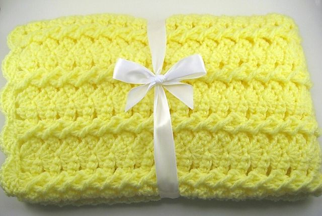 Ravelry: Lemon Twist Car Seat Baby Afghan pattern by the Jewell's Handmades