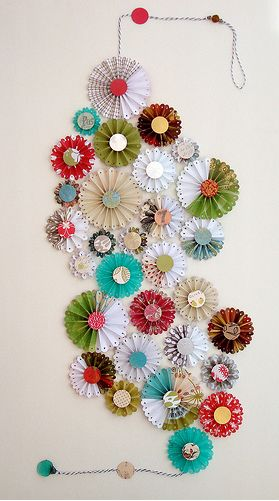 Pinwheel art: Paper Cut, Craft, Wall Hanging, Paper Flower, Scrapbook Paper, Paper Wall, Paper Rosette