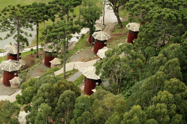 Vista aérea do Hotel Pampas, em Canela - Brasil (foto: Eduardo Vessoni)