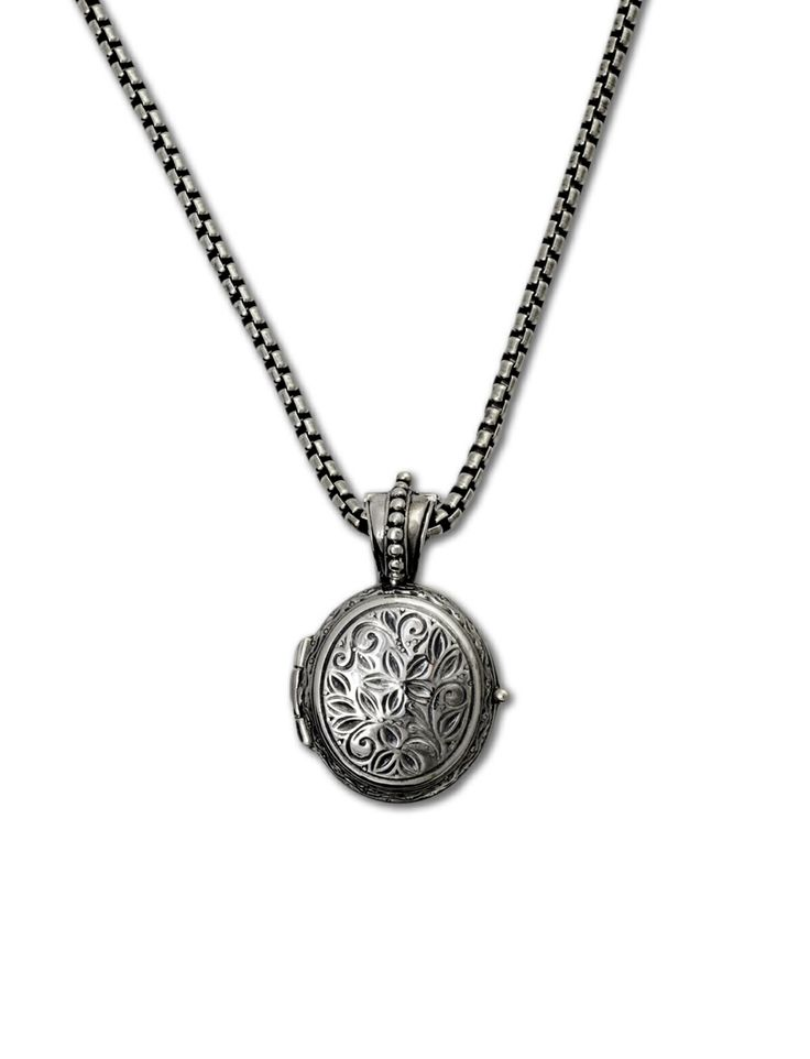 Sterling silver oval locket. Gerochristo locket collection