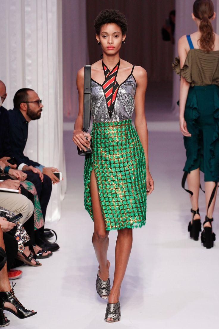 Marco de Vincenzo Spring 2017 Ready-to-Wear Collection Photos - Vogue