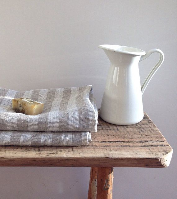 Large linen bath towels Set of 2 striped natural by Linenbeeshop