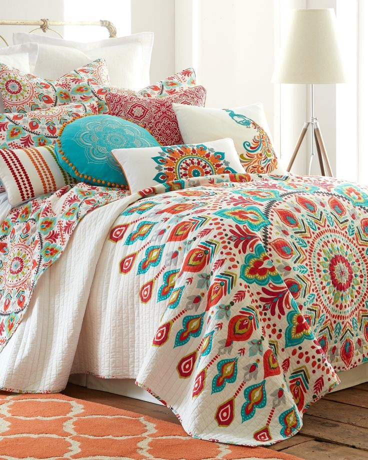 Mandalay Floral Luxury Quilt Collection Bed & Bath