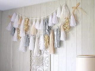 DIY Tassel Garland! Perfect for a Neutral Minimalist Feminine Nursery! https://www.etsy.com/shop/FawnandFloraBaby