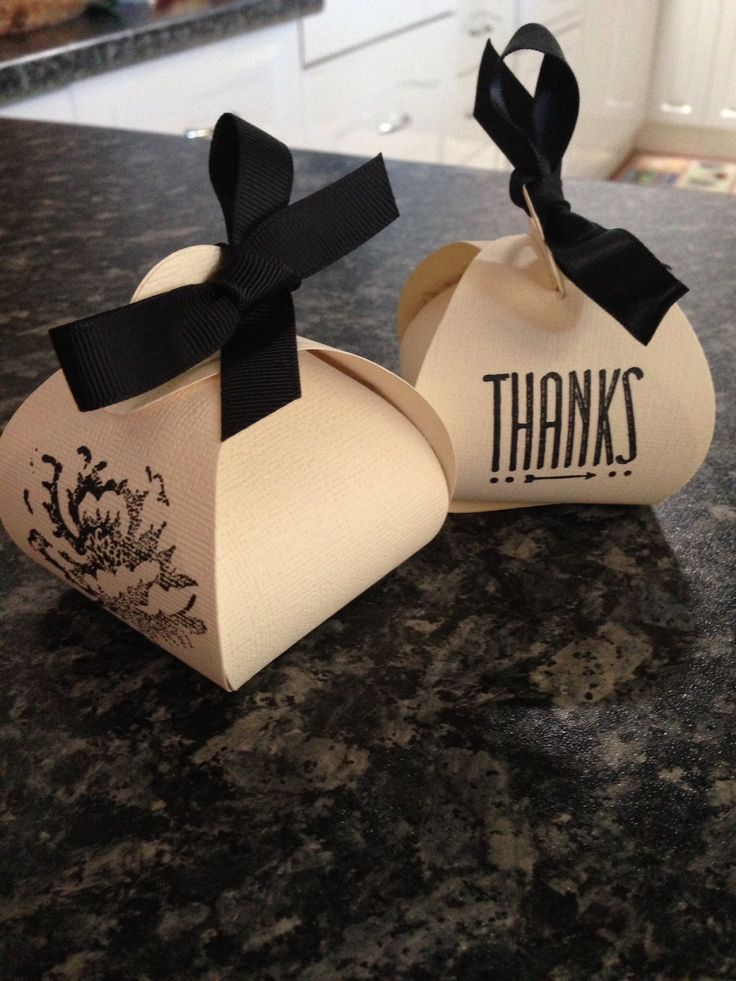 Stampinup up curvy keepsake big shot thinlet. Made 60 of these for a function and put a square avon lip moisturiser inside