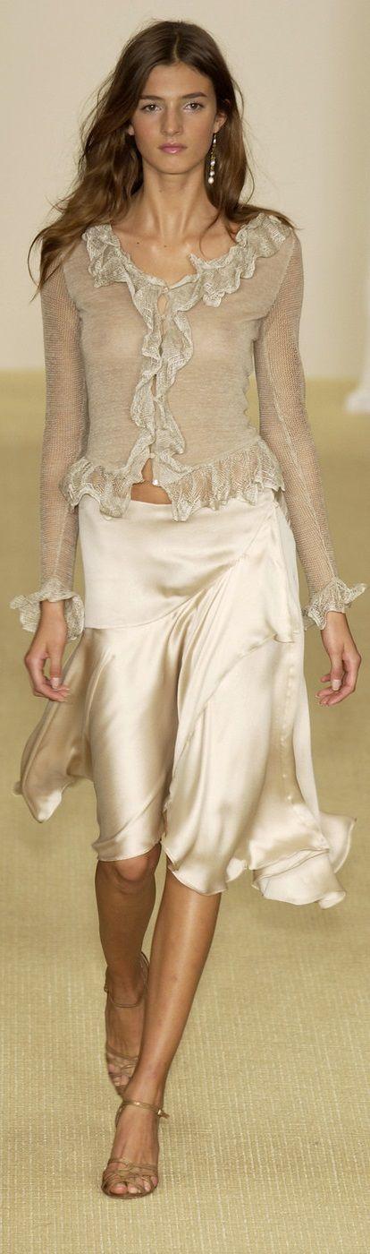 Style & Beauty /Ralph Lauren/pearly skirt