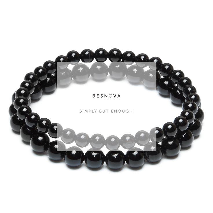Классические черные браслеты из агата.   Коллекция «Combo»: Модель, состоящая из двух браслетов на эластичной нити. Сочетание оттенков и контраст цветов. Браслеты подлежат совместному и отдельному ношению.  #casual #minimal #mensstyle #womansstyle