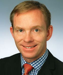 Labour MP Chris Bryant: I am in favour of UK gay bars boycotting Russian vodka