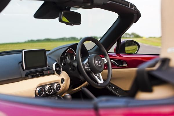 It's another day to take the roof down #MX5