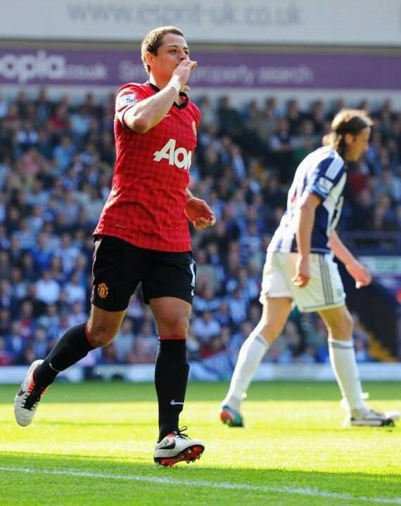 chicharito manchester united debut