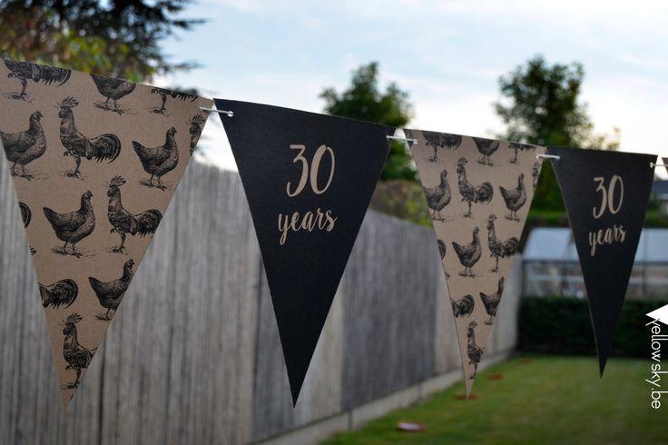 Leuke vlaggenlijn voor 30 jaar #verjaardag #feest #vlaggetjes #zwart #kraft