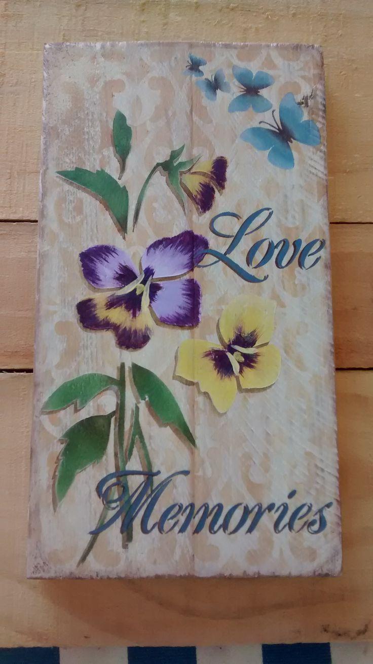 Amor perfeito...essa singela florzinha não consigo fazer direito :(((