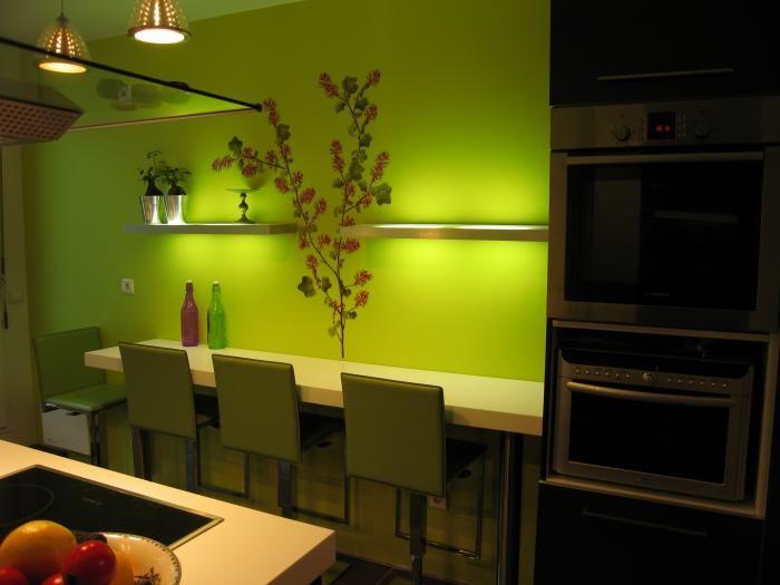 Résultats Google Recherche d'images correspondant à http://www.lacuisinedanslebain.com/photos/bdd/cuisine-beta-laque-brillant-noir-et-blanc-...
