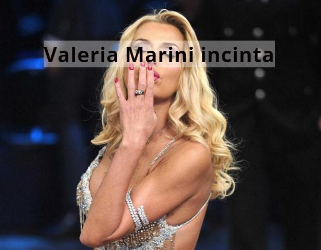 Valeria Marini: incinta a 48 anni e matrimonio in vista? - http://www.wdonna.it/valeria-marini-incinta-matrimonio/74649?utm_source=PN&utm_medium=Gossip&utm_campaign=74649