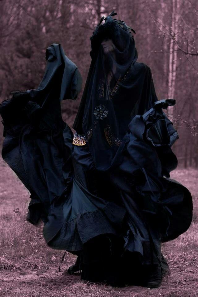 ** dark dance ** - the morrigan?