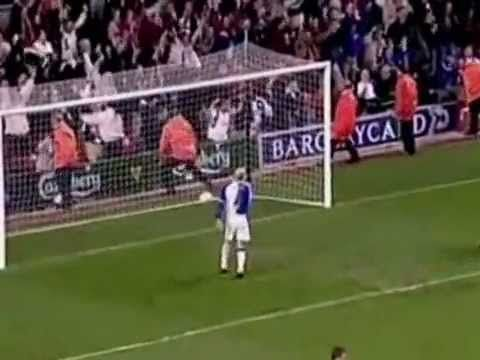 Emile Heskey – Greatest Goals Compilation. . http://www.champions-league.today/emile-heskey-greatest-goals-compilation/.  #Emile Heskey #Liverpool FC