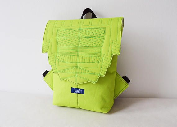 Thinking about spring. 🖤💚 This fresh lime green backpack is one of a kind! #imola #imolabynoemiimola #craft #etsy #handmade #handcrafted #supporthandmade #supportsmallbusiness #madeindenhaag #madeinthehague #madeinthenetherlands #lime #limegreen #kiwi #backpack #rucksack #tabletcase #tabletbag #cycling #waterproof #waterresistant #veganfashion #zurichtoren #hipster #bikelife #minimalism #minimal #geometry #geometric #vegan